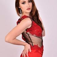 Con Vestito Rosso